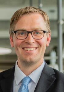 Portraitfoto Dr. Burkhard Scheer